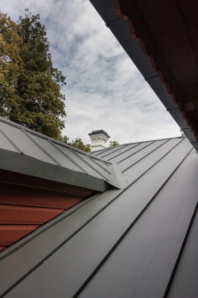 Vilkiškių dvaras - stogas